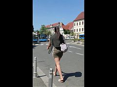 Pony Tail Brunette In MIni Skirt (23.06.2020) Candid