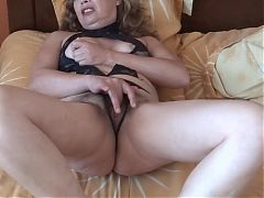 MATURE MOTHER MASTURBATES IN FRONT OF HER HUSBANDS FRIEND