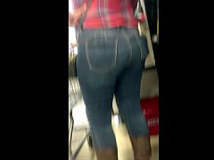 MOV6 (More PHAT Juicy Latina Ass Stalked at the Grocer)