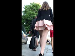 Milf in pink skirt walking, pantyhose upskirt 2