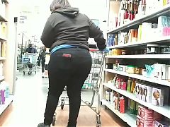Ebony Walmart Worker Thick Ass in Jeans(Had to light it up)