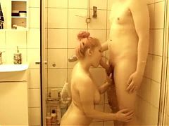 Canadian Amateur Couple Having Sex Under The Shower