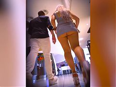 Nonstop upskirt for bouncing booty blonde